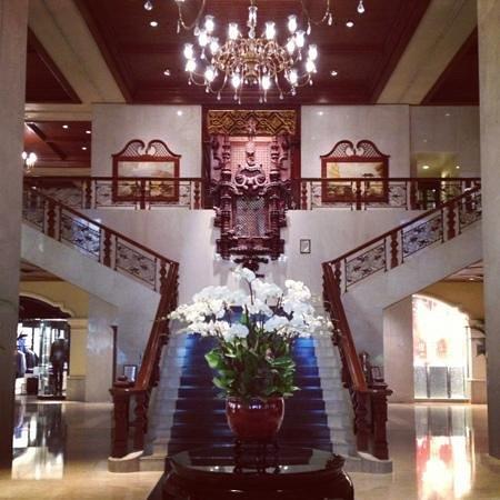 Grand Lapa Macau:                   Grand Lobby