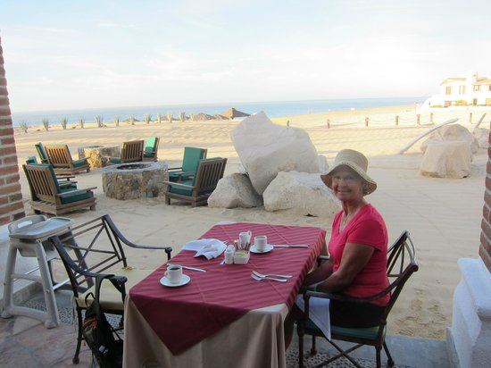 Solmar Resort:                   breakfast with a fantastic view and outstanding service