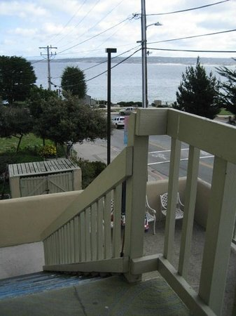 Cannery Row Inn: One of the exits to Foam Street