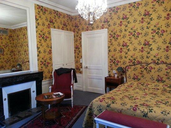 Le Choiseul:                   Chambre 1er étage