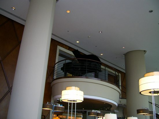 JW Marriott Hotel Lima:                   LOUNGE DEL HOTEL