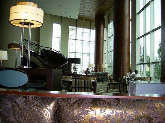 JW Marriott Hotel Lima:                   LOUNGE Y ZONA DE LECTURA