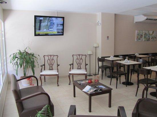 Destino Real Hotel:                   Reception/Waiting Area/Breakfast room
