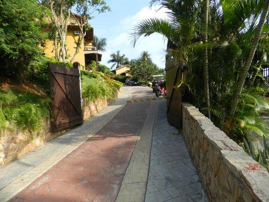 La Boheme Hotel e Apart Hotel:                   Pasillo interno