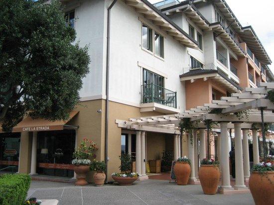 Cafe La Strada: Front of cafe