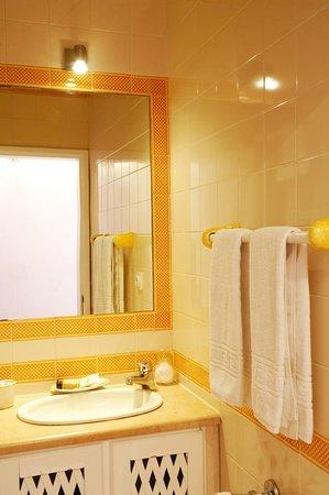 Casa do Adro: Casa de Banho ( 1 )