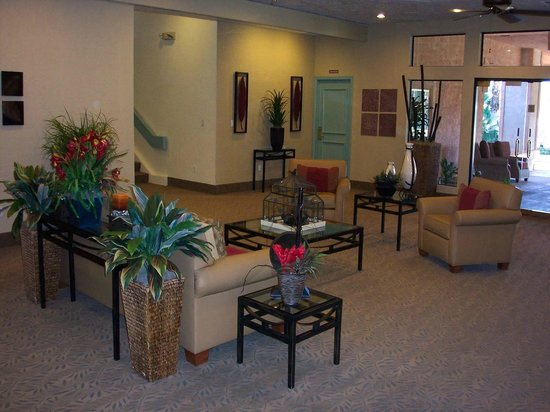Welk Resorts Palm Springs: Lobby to Welk Resort Palm Springs, Desert Oasis