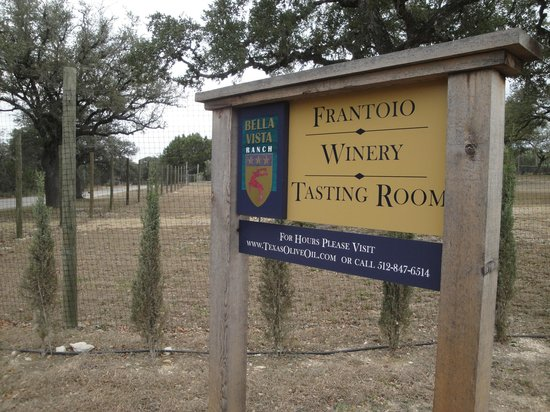 Bella Vista Ranch:                   Bella Vista's rustic entryway signage
