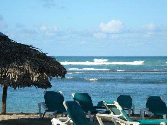 VH Gran Ventana Beach Resort:                   The beach was gorgeous!