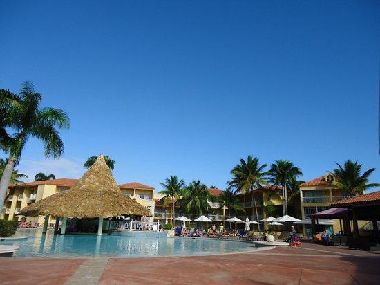 VH Gran Ventana Beach Resort:                   Such beautiful, hot, sunny weather!
