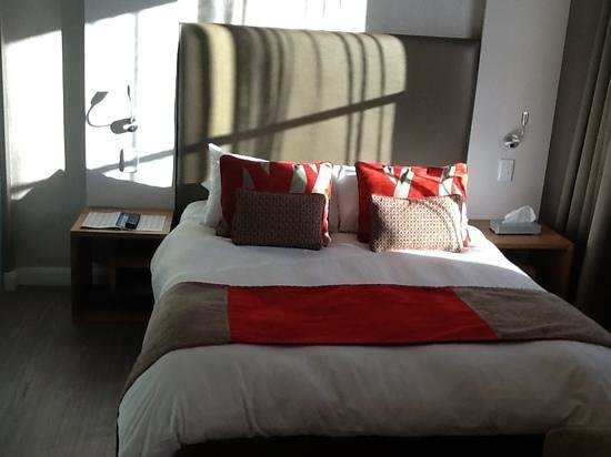 Protea Hotel by Marriott Cape Town Waterfront Breakwater Lodge: bedroom