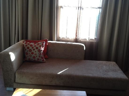 Protea Hotel Breakwater Lodge: couch to relax or warch tv