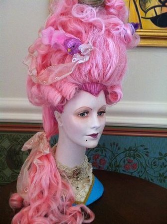 Marie Antoinette's Cupcake Parlor:                   whimsical ambiance