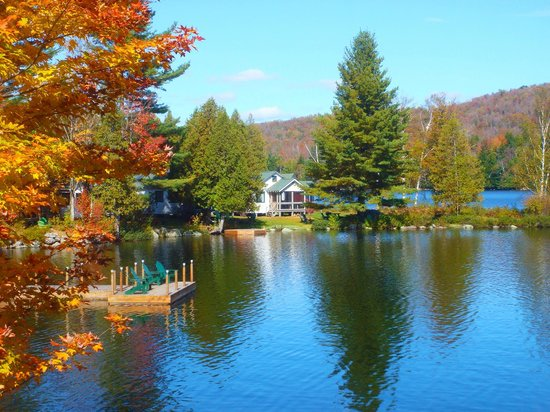 Prospect Point Cottages - Blue Mountain Lake : Autumn Splender