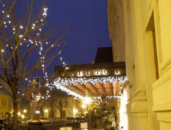 Hilton Budapest:                   hotel entrance