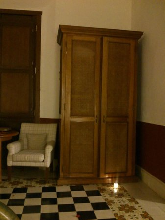 Hacienda Temozon, A Luxury Collection Hotel: El closet de la habitacion