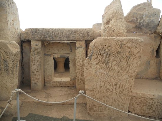 Mnajdra Temples: Mnajdra Megalithic Temples