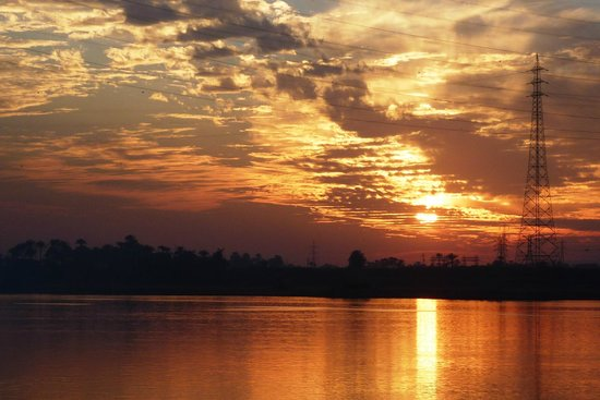 Real Egypt Tours:                   Sunset over the West Bank, Luxor, Egypt