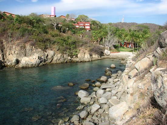 Las Brisas Huatulco:                                     4th secret beach