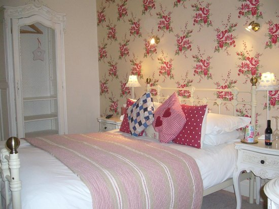 Heidi's Grasmere Lodge:                   delightful room 2