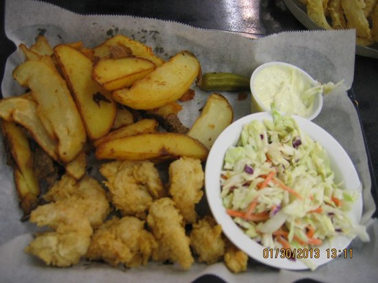Thomas Cafe:                   Fried shrimp and fries