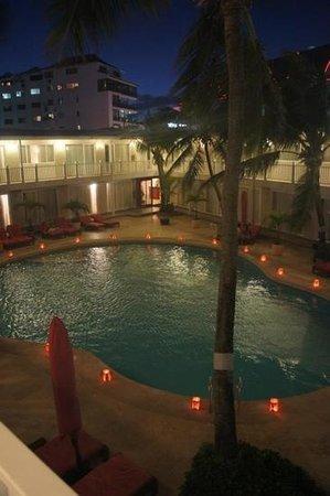 Decameron Los Delfines:                   vista interior del hotel