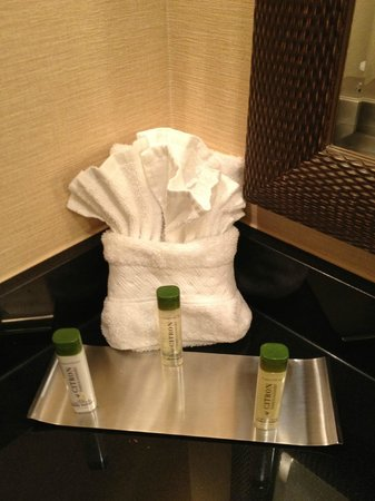 Aksarben Suites Omaha: Evelyn and Crabtree Soaps/Shampoos