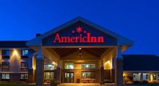 AmericInn Lodge & Suites Madison South: AmericInn Madison South - Exterior