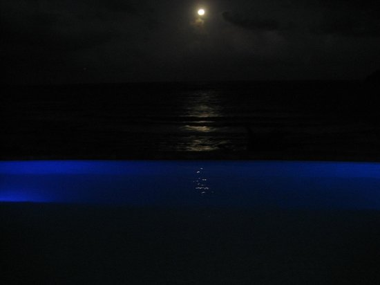 Pagua Bay House Oceanfront Cabanas:                                     Full moon night at the pool