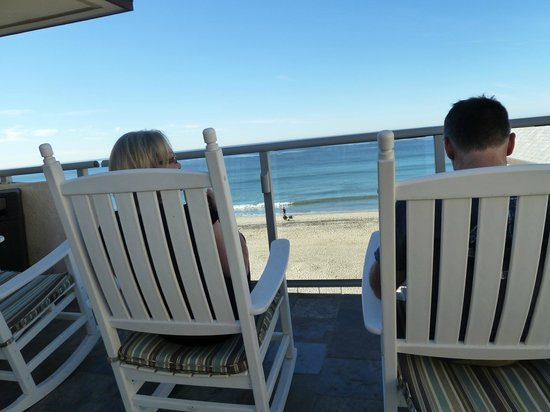 Beach Terrace Inn:                   Complimentary Breakfast location