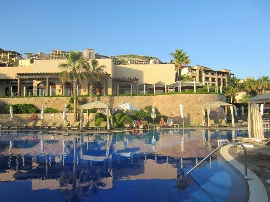 Pueblo Bonito Sunset Beach Golf & Spa Resort:                   Main pool and restaurant