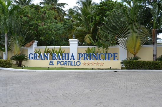 Grand Bahia Principe El Portillo:                   Says it all.