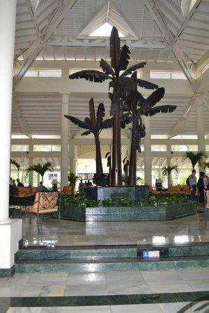Grand Bahia Principe El Portillo:                   Main lobby