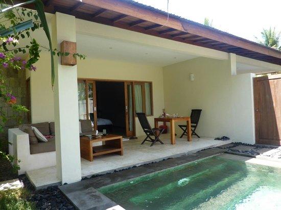 Kelapa Luxury Villas:                   piscine villa cucciolo
