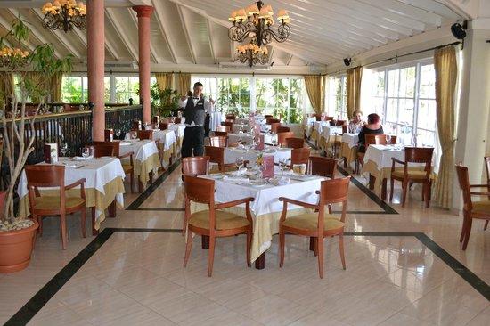 Grand Bahia Principe El Portillo:                   Dining area main buffet