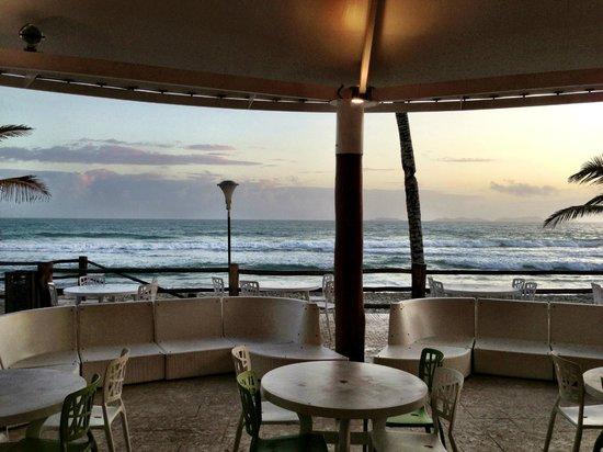 Agua Dorada Beach Hotel by LIDOTEL: Beach restaurant from hotel