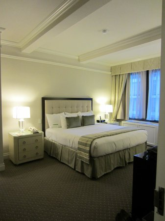 Warwick New York Hotel:                   Suite 716