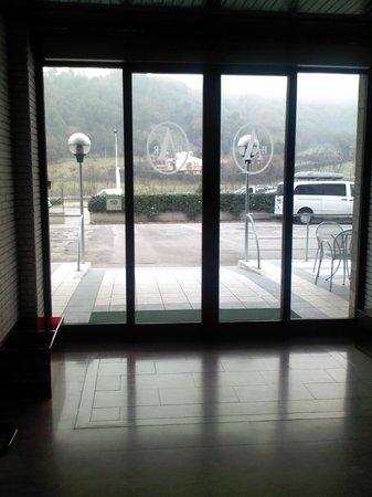 Hotel Arca :                   9
