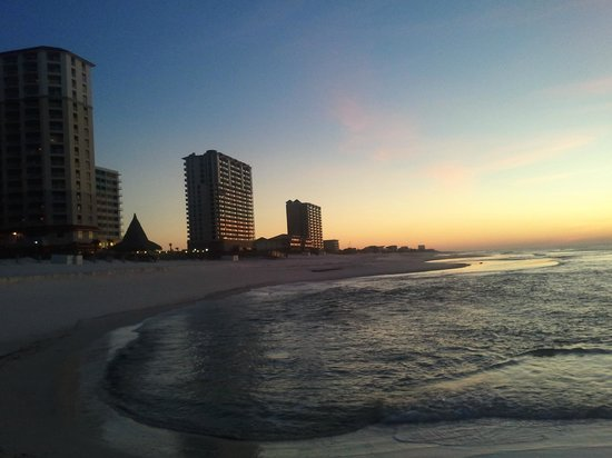 Hampton Inn Pensacola Beach:                   Sunrise, Looking east