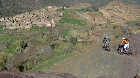Marrakech Bike Action:                   sur le magic carpet.
