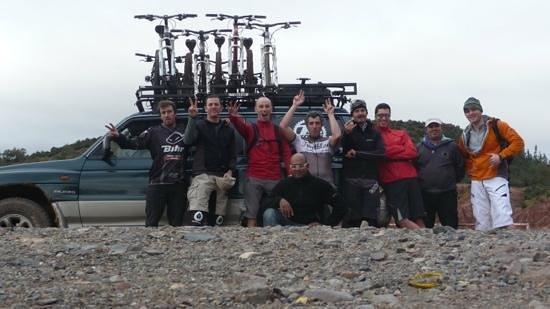 Marrakech Bike Action:                   P-A et les alsacos.