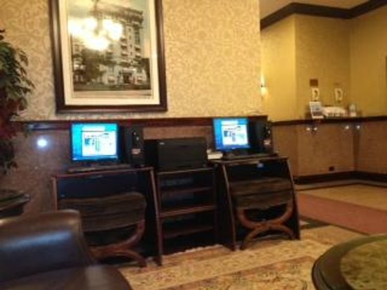 Hotel Newton:                   WiFi