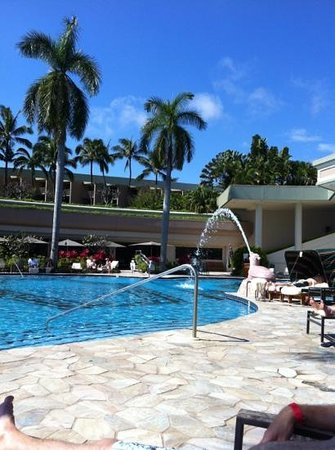 Kaua'i Marriott Resort:                   pool side