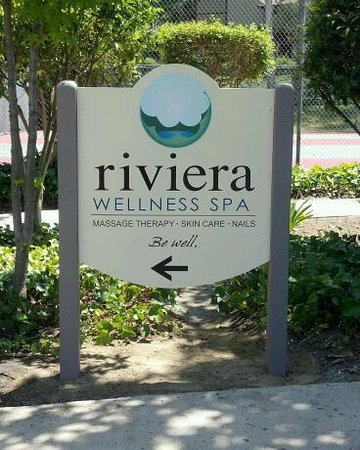 Riviera Wellness Spa: Front Sign