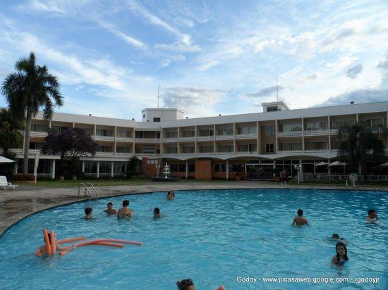 Bourbon Cataratas Convention & Spa Resort:                   Hotel Bourbon Piscina 2