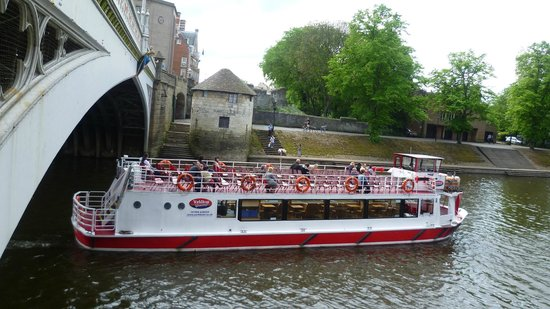 City Cruises York:                   York boat service