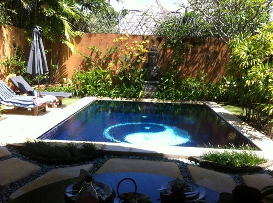 Impiana Private Villas Seminyak:                                     Private Pool