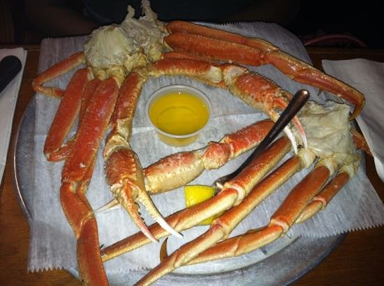 1lb  snow crab legs - Picture of Charlie Horse Restaurant