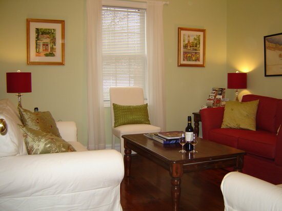 Cape House B&B: Upper Guest Lounge