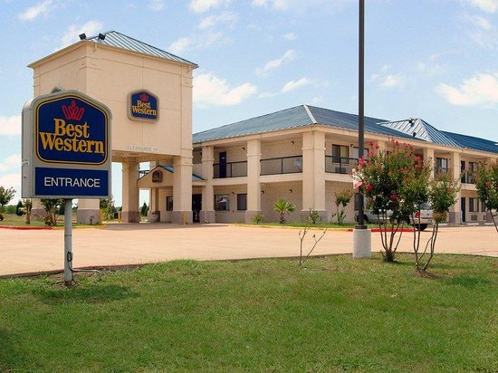 Mesquite Inn & Suites: Exterior With Sign 2
